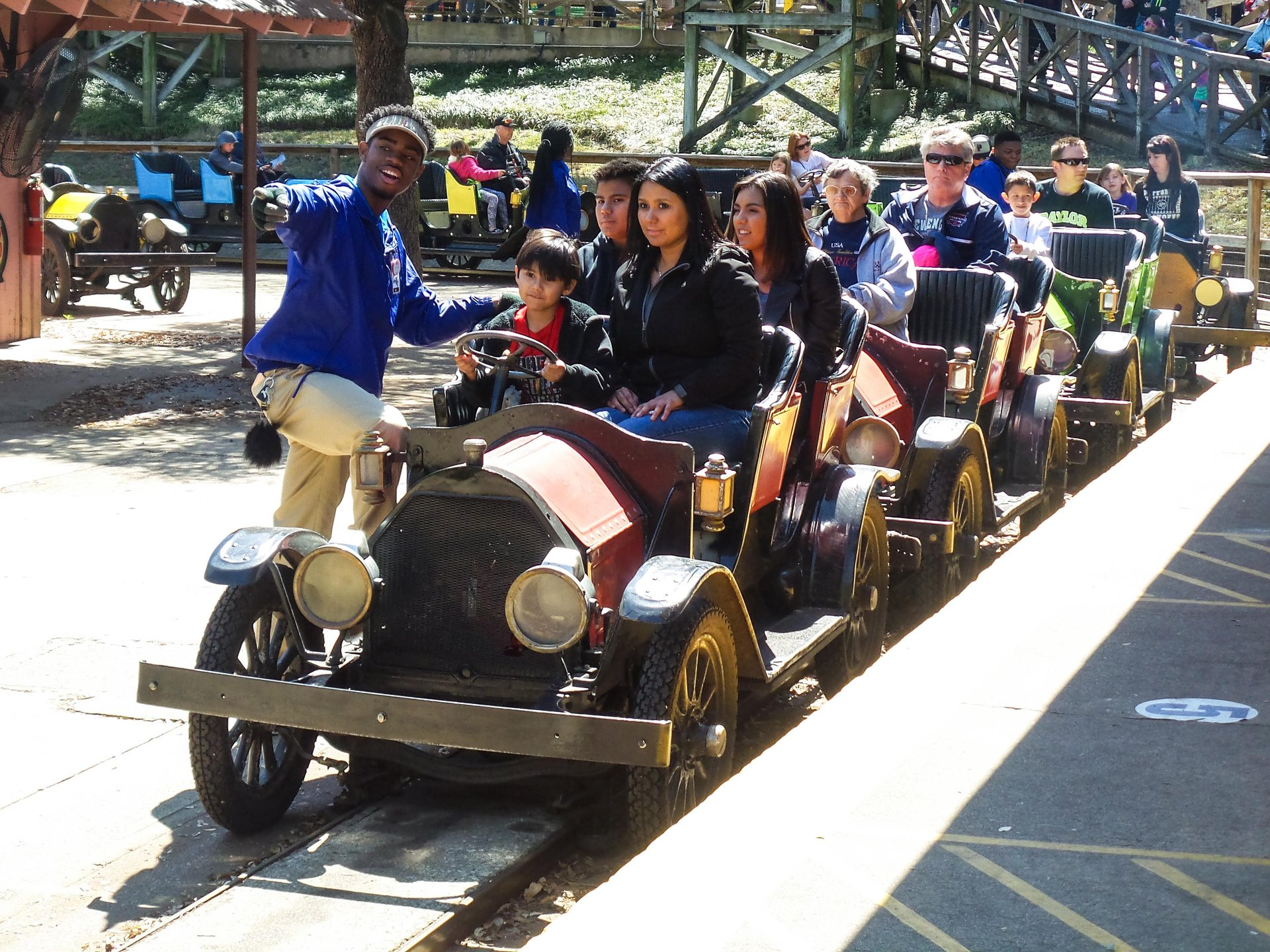 Chaparral Antique Cars | Six Flags Over Texas