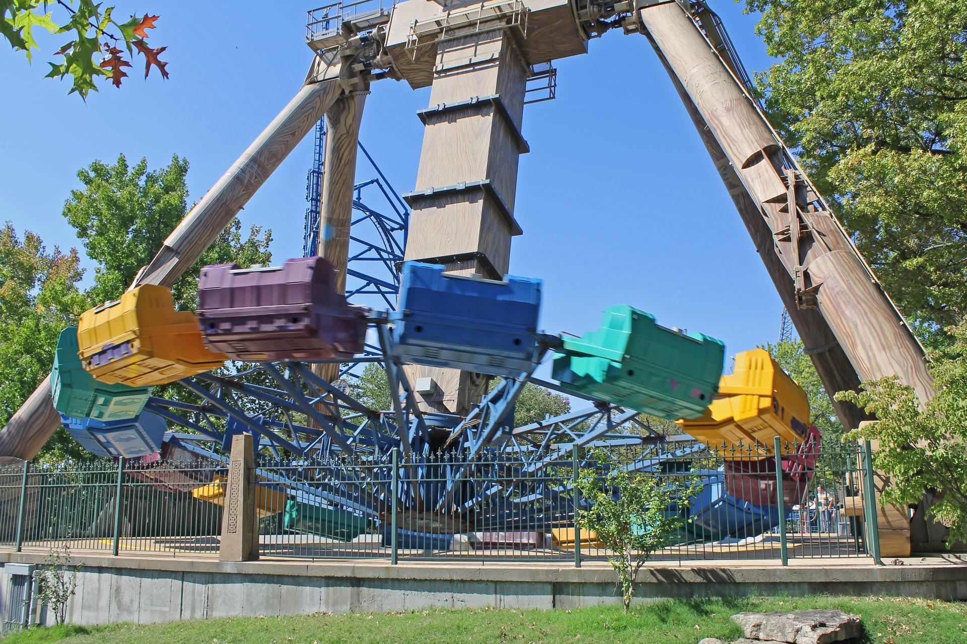 Xcalibur | Six Flags St Louis