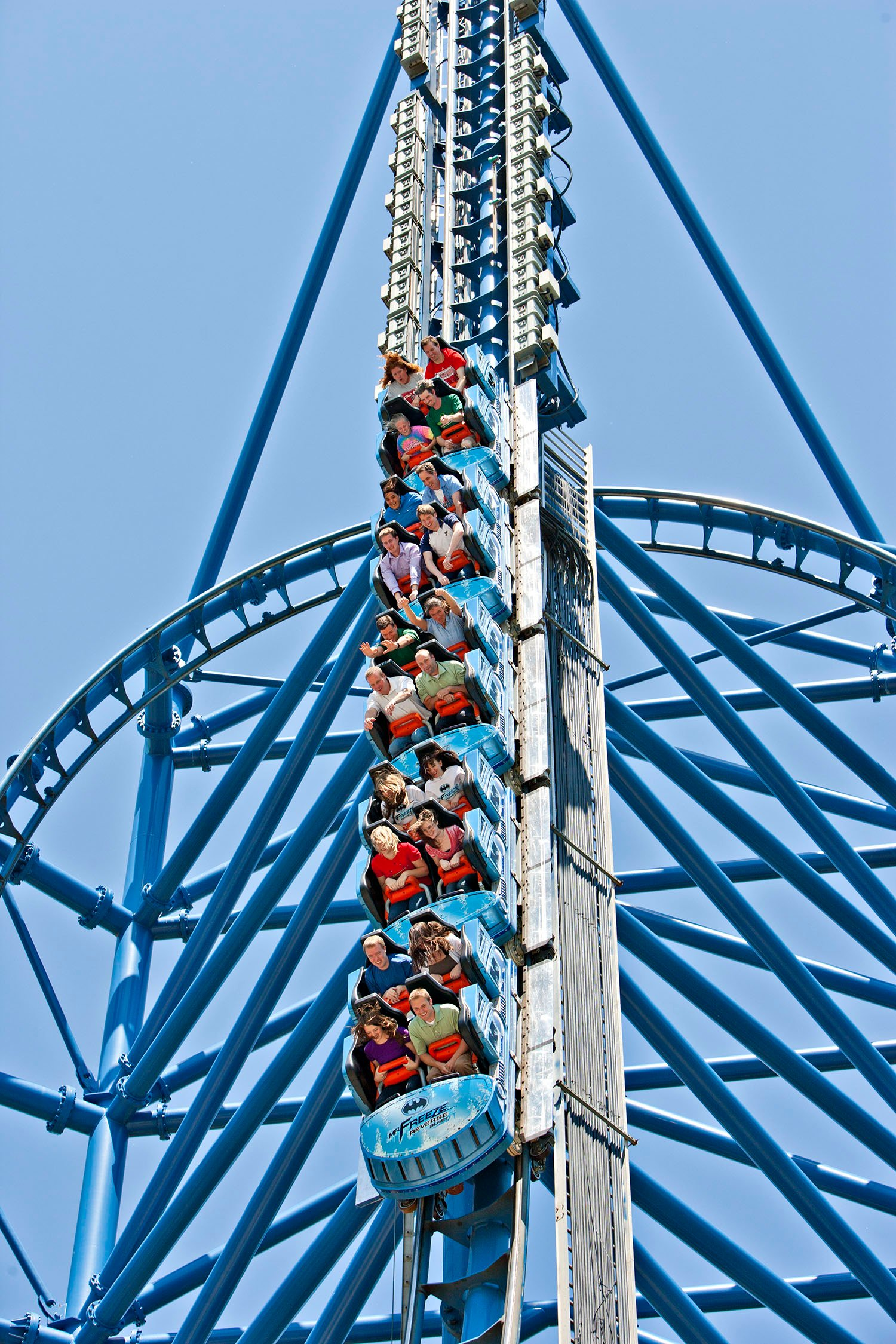Mr. Freeze: Reverse Blast | Six Flags St Louis