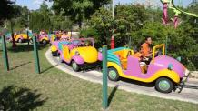 Guests riding Krazy Kars