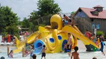 Kids on octopus water jungle gym at Six Flags New England Hurricane Harbor