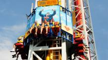 Guests riding SUPERMAN: Tower of Power