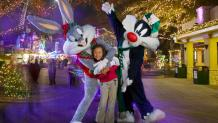 looney tunes character at holiday in the park