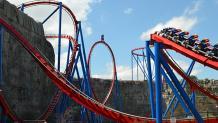 SUPERMAN<sup>TM</sup>: Krypton Coaster