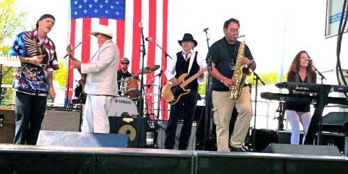 Bob Lanza band on stage