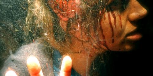 Personnage avec blessure à la tête