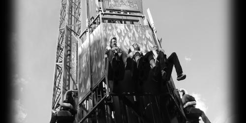 black and white Triple Torre Kilahuea