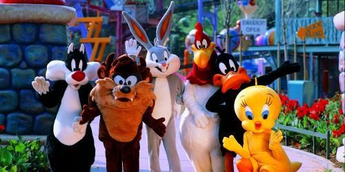 Looney Tunes friends at Daffy Duck Dance Off