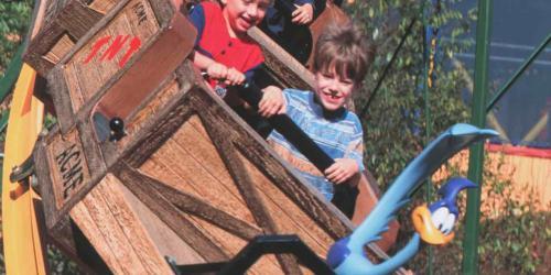 Smiling kids on Canyon Blaster