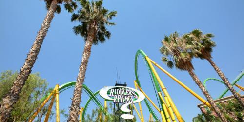 The Riddler's Revenge coaster in Metropolis