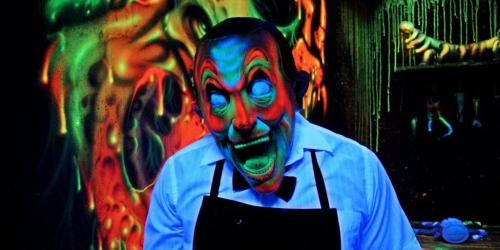clown in toyz of terror maze