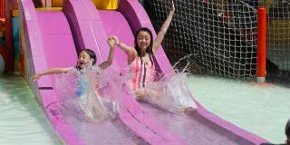 kids at Splash Island