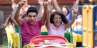 Jr. Roller Coaster con gente