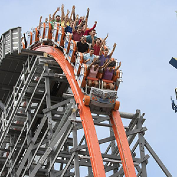 Wicked Cyclone drops off the lift at Six Flags New England