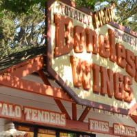 Totally Kickin' Chicken restaurant sign