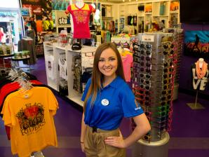 Retail employee in a retail shop