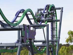 THE JOKER 4D Coaster track