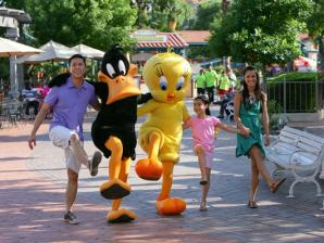 guests with tweety