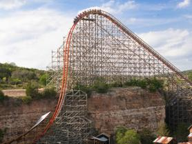 Iron Rattler Roller Coaster