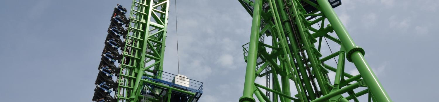 Goliath ascends the second tower at Six Flags New England