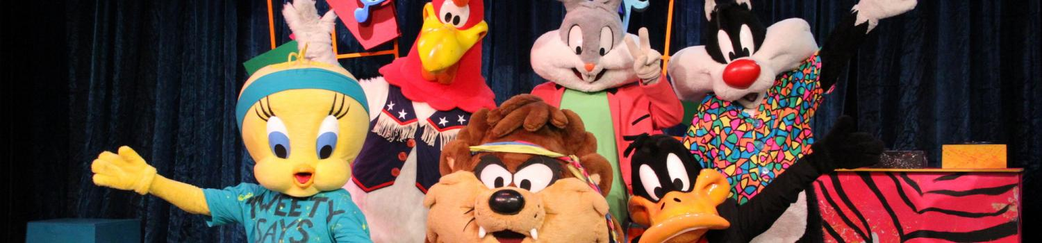 Looney Tunes Characters in We Got the Beat show